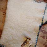 Hand gevilte baby deken